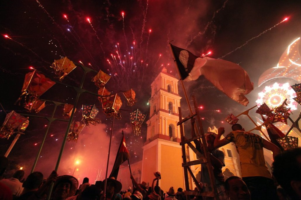 Christmas In Cuba.In The Days Before Christmas Cuba Erupts In A Celebration
